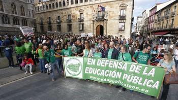 La 'marea verde' reivindica en las calles de Castilla y León la derogación de la Lomce y la reversión de los 'recortes' en educación
