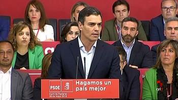 Pedro Sánchez insiste en que si prospera la moción, antes de convocar elecciones hay que conseguir estabilidad