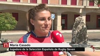 La leonesa María Casado disfruta en Valencia de Don Juan tras su paso por los JJ. OO.