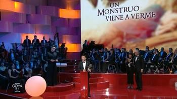 'Un monstruo viene a verme', triunfadora con 9 premios y 'Tarde para la ira' logra una noche para el recuerdo