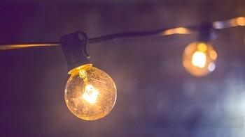 El precio de la luz se dispara: pagamos 5 euros más que el año pasado