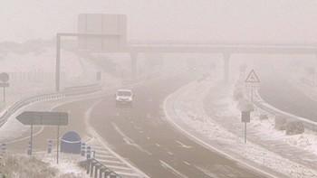 La nieve obliga a 150 camiones a detenerse en Puebla de Sanabria y Mombuey, Zamora