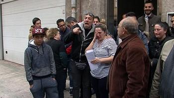 Paralizan el desahucio de una familia con cinco menores en Palencia