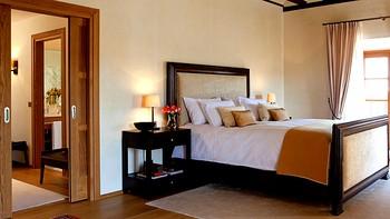 Las pernoctaciones hoteleras aumentan un 3% en Castilla y Le�n en junio