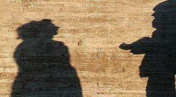 Un tercio de los j�venes considera 'aceptable' prohibir a su pareja que trabaje o vea a sus amigos