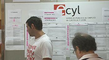El n�mero de parados baja en 1.576 personas en febrero en Castilla y Le�n