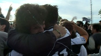El Salvador gana la Liga ante el Quesos en una trepidante final