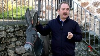 El escultor burgalés Ángel Gil ha hecho de su pueblo, Mecerreyes, un museo al aire libre