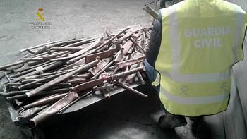 Dos detenidos por robar cobre y una calefacción en una bodega de Torneros del Bernesga, León