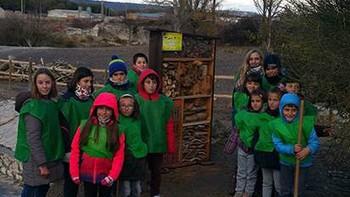 El Ayuntamiento de Traspinedo, Valladolid, instala tres 'hoteles' de insectos para favorecer la biodiversidad en el municipio