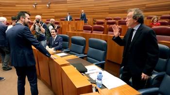 De Santiago-Juárez pide perdón por la Gürtel pero defiende que no afecta ni a la Junta ni al PP