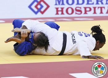 María Bernabéu logra el oro en el Grand Slam de Bakú
