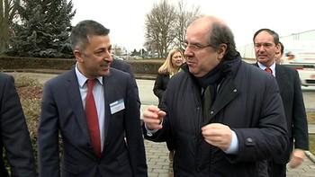 Herrera anuncia la construcción de una red de calor en el polígono de Villalonquéjar a partir de la central de biomasa de Lóreal para 2018