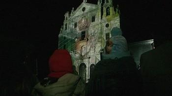 Ávila celebra con sonido de campanas y luces el 502 cumpleaños de Santa Teresa