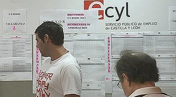 El paro sube en 1.900 personas en Castilla y León