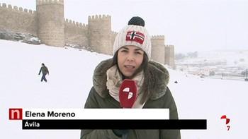 El Ayuntamiento de Ávila aumenta sus recursos para hacer frente a la nevada y pide no usar el coche