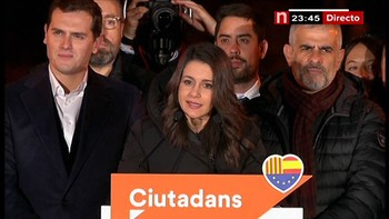 Ciudadanos consigue una victoria histórica en Cataluña que no le servirá para gobernar