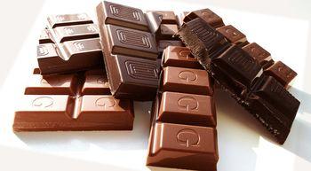 Comer hasta 100 gramos de chocolate se asocia con menor riesgo de ictus