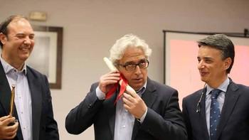El humorista Leo Harlem recibe el Premio Espárrago 2017 de Tudela de Duero