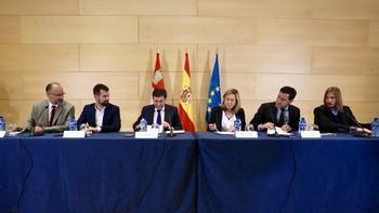 Junta y grupos políticos de las Cortes exigen a la UE que prime la despoblación y el envejecimiento en el reparto de los fondos de cohesión