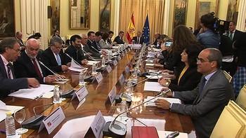 Las Comunidades Autónomas se reúnen con el Ministro de Educación para tratar el tema LOMCE