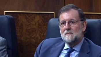 Rajoy sella un acuerdo con el PNV para superar la primera votación de los Presupuestos y subir las pensiones