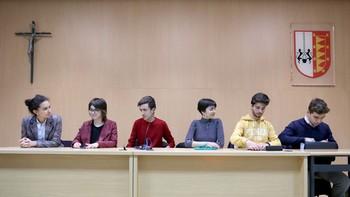 Los Delegados de Segundo de Bachillerato ven difícil conseguir una EBAU única en el corto plazo