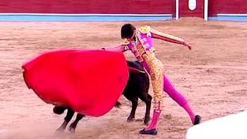 Espacio Abierto emite el documental 'Víctor Barrio. Puerta Grande del toreo'