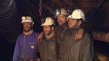Los cuatro mineros encerrados en Santa Luc�a de Gord�n inician una huelga de hambre