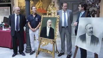 Un retrato de Don Miguel de Lis regresa un siglo después como donación al Museo de la Casa Lis