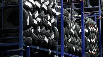 La subida en el precio del petróleo y el caucho encarece los neumáticos un 10 por ciento