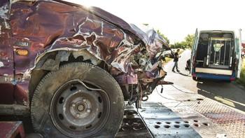 Atendidas dos personas tras la colisión de un turismo con un microbús sin pasajeros en Ciudad Rodrigo, Salamanca