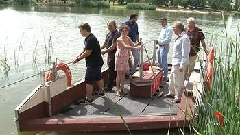 Zamora estrena una barcaza para cruzar entre las orillas del Duero con vistas al románico