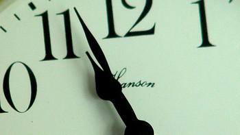 Este domingo se adelanta el reloj una hora y comienza el horario de verano