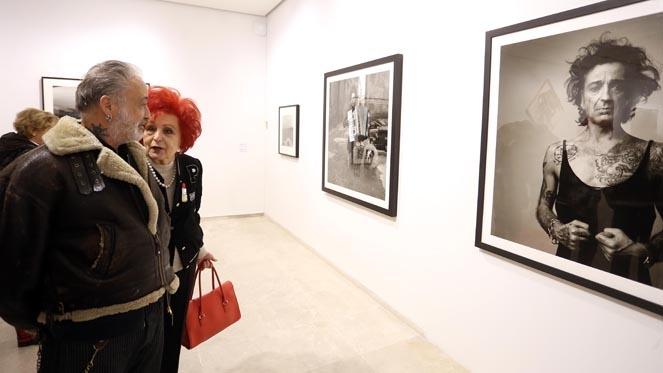 La galerista Juana de Aizpuru y el fotógrafo leonés Alberto Garc - rtvcyl.es