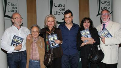 Miguel Herrero con varios de los referentes de la Televisión de Los 80 en España.  - rtvcyl.es