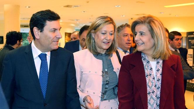 Fátima Báñez urge aprobar los Presupuestos del Estado para crecer con 'solidez'