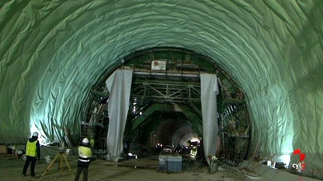 Adif visita el subtramo en obras entre Zamora y Pedralba de la Pradería