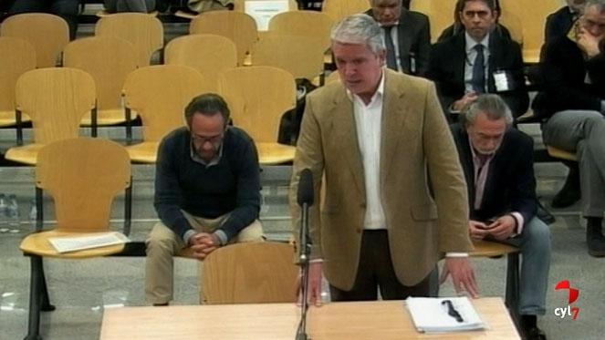 Crespo reconoce que el PP de Valencia pagó en negro a la trama y se integró en la caja 'b' de Correa