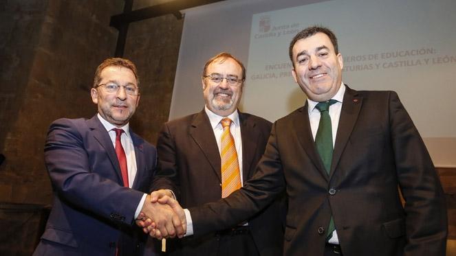 Castilla y León, Asturias y Galicia pedirán una atención específica a la escuela rural