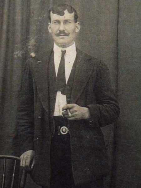 Nicolás Herrero Robles